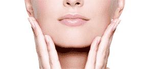 comblement de l'ovale du visage par acide hyaluronique